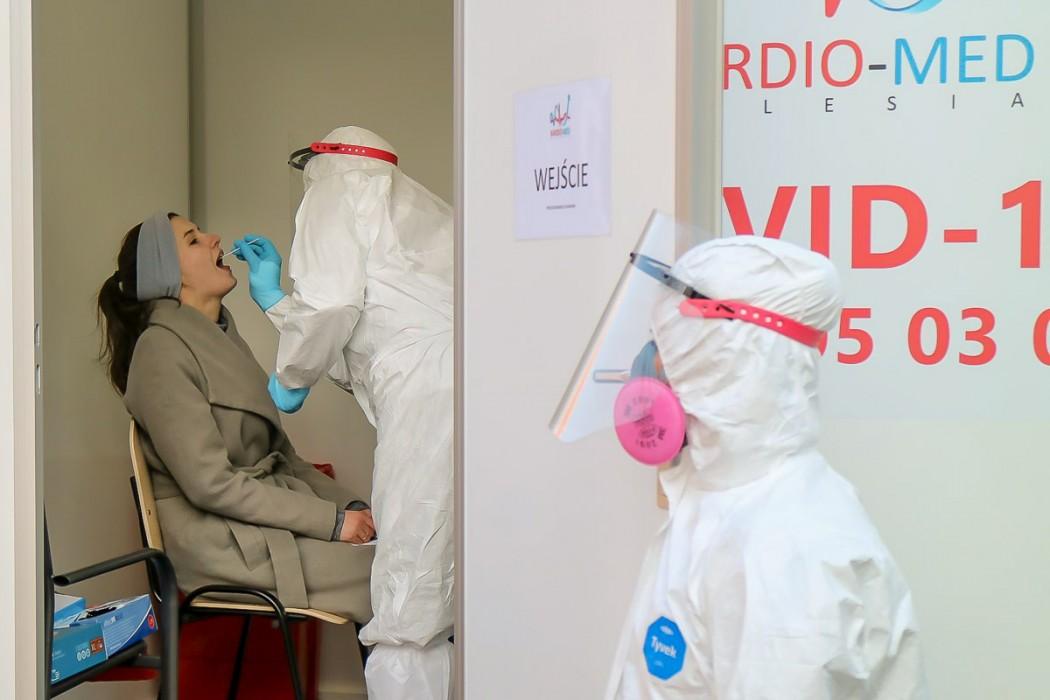 Zdjęcie do wiadomości: Śląskie wspiera ośrodki pomocy społecznej w walce z Covid-19