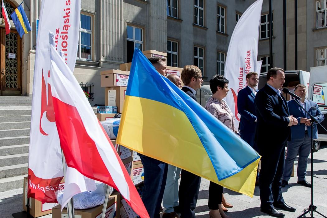 Zdjęcie do wiadomości: Solidarni w walce z COVID-19