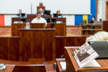 Sesja sejmiku – honory dla duchownych i projekty budżetu obywatelskiego