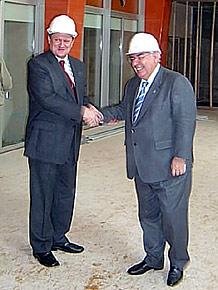 Gospodarzom obu regionów spodobała się nowa siedziba w Brukseli