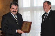 Prezes GTL S.A. Artur Tomasik odebrał Certyfikat Lotniska Użytku Publicznego dla portu w Pyrzowicach
