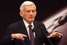 prof. Jerzy Buzek, poseł do Parlamentu Europejskiego