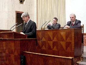 Przemawia Ernst Schwanhold – Minister Gospodarki Północnej Nadrenii–Westfalii